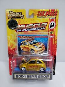 Muscle-Machines-Muscle-Tuners-2004-Sema-Show-Nissan-March-Gold-1-Of-1296-HTF