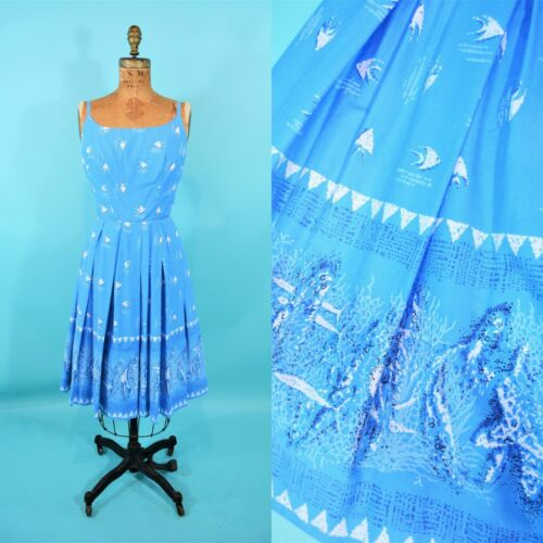 Vintage 1950s Novelty Blue Sun Fashions Hawaiian B