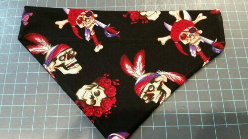 DOG BANDANA Sz XS-L Over Collar SKULLS CROSSBONES PIRATES Black Flowers CLOSEOUT