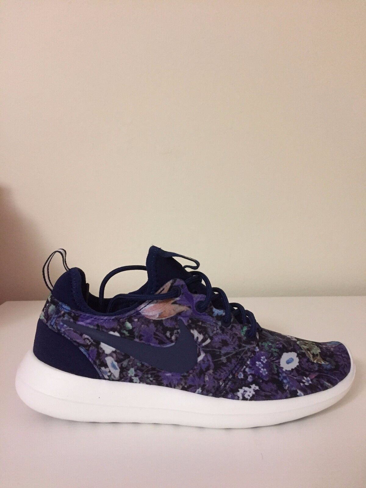 Nike Roshe Two Print Floral Binary Blue 844933-403 Wmn Sz 6 Casual wild