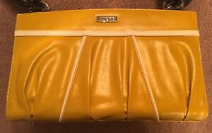 BRAND-NEW-Miche-034-Daisy-034-Classic-Yellow-Purse-Shell-ss-B8