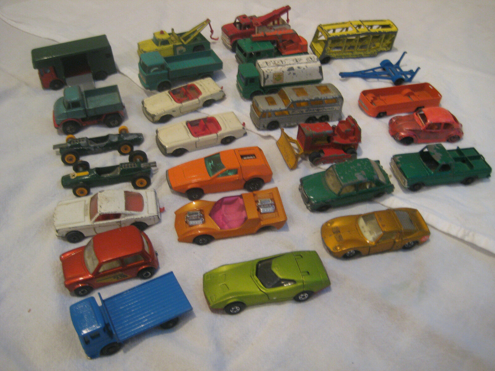 Autos Matchbox Lesney Superfast Series Die Cast Lote de 25 Autos Camiones años 60 años 70