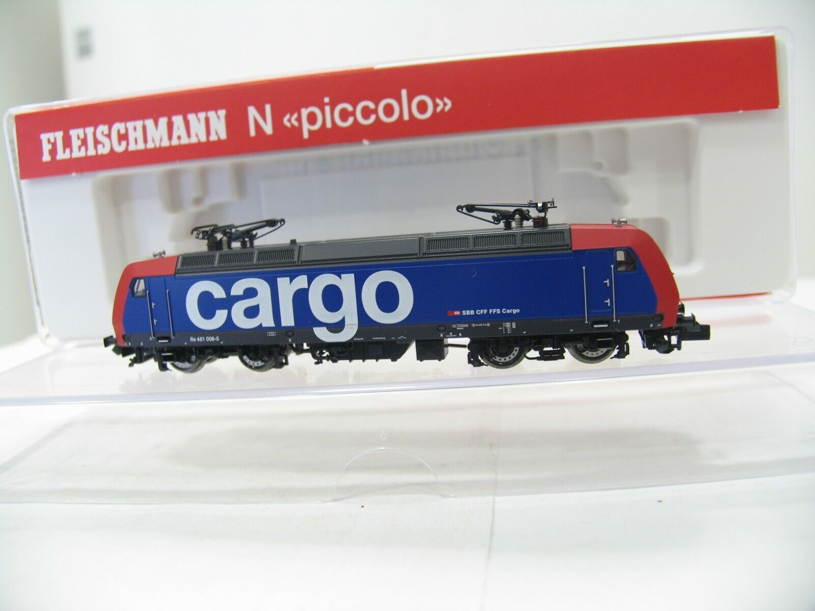 FLEISCHMANN 732303 E -LOK Re 481 der SBB bilGO NH84