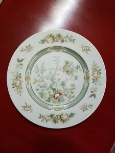 Royal-Doulton-Tonkin-TC1107-two-2-10-5-8-034-Dinner-Plates-vintage-1974