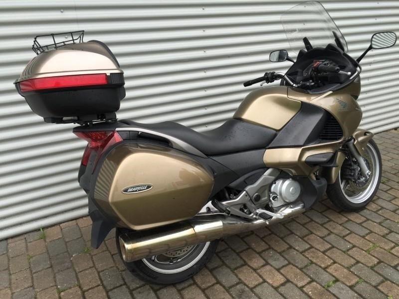 Honda, NT 700 Deauville, 700