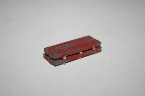 Spur Z 1:220 Ladegut: LG521 10 * Vierkantstahl 31 mm Länge ca 2-fach gestap.