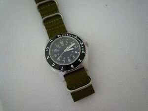 AUTOMATIC-DG2813-Time-Arrow-Military-Benrus-Type-2-316-sapphire-white-green-hand