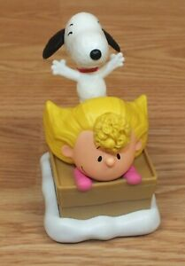 """2015 Schroeder Snoopy 4/"""" McDonald/'s action figure #9 Peanuts Movie Charlie Brown"""