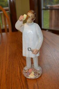 Superb-Murano-Hand-Blown-Art-Glass-Dentist-Figurine-Holding-tooth
