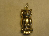 A Portuguese 19.2 Kt Gold Owl Charm From Portugal 03-0028