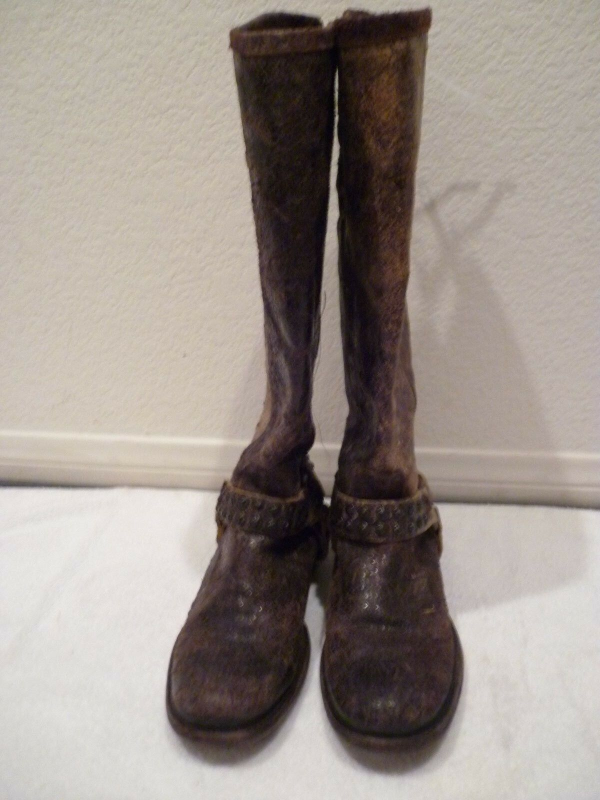 $398 Distressed FRYE Tall Phillip Studded Distressed $398 Chocolate Braun Harness Stiefel SZ 6.5 fb11c3
