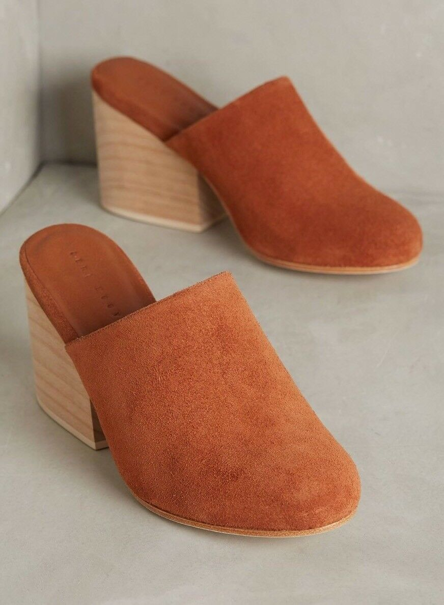 NEW Ceri Hoover Miller Mules Clogs Size 6