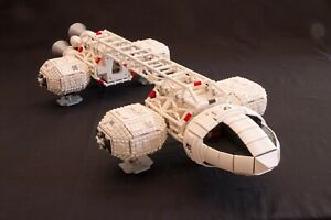 HUGE-Lego-Space-1999-Eagle-Transporter-Instructions-MOC-Full-Minifigure-scale