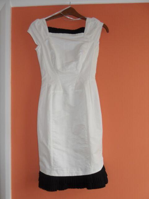 Black and white Karen Millen dress size 6, BNWT