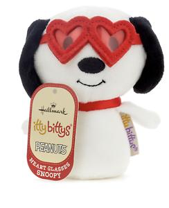 Hallmark-Valentine-itty-bittys-Peanuts-Snoopy-With-Heart-Glasses-Plush-New-Tag