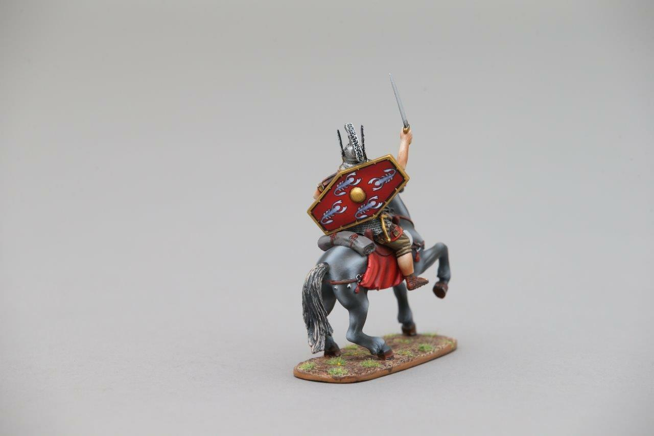 THOMAS GUNN ROM094A - Roman Cavalry Officer (Red) Painted Metal Figure
