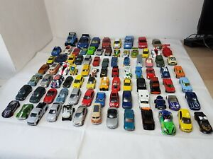 HOT-WHEELS-REALTOY-RARA-diversi-stili-DIE-CAST-AUTO-Bundle-87-X-AUTO