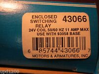 Mars Enclosed Switching Relay 24vac/3pdt - 43066