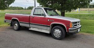 1989 Dodge Dakota multi-colour