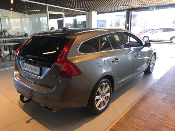 Volvo V60 2,0 D4 190 Summum aut. - billede 4