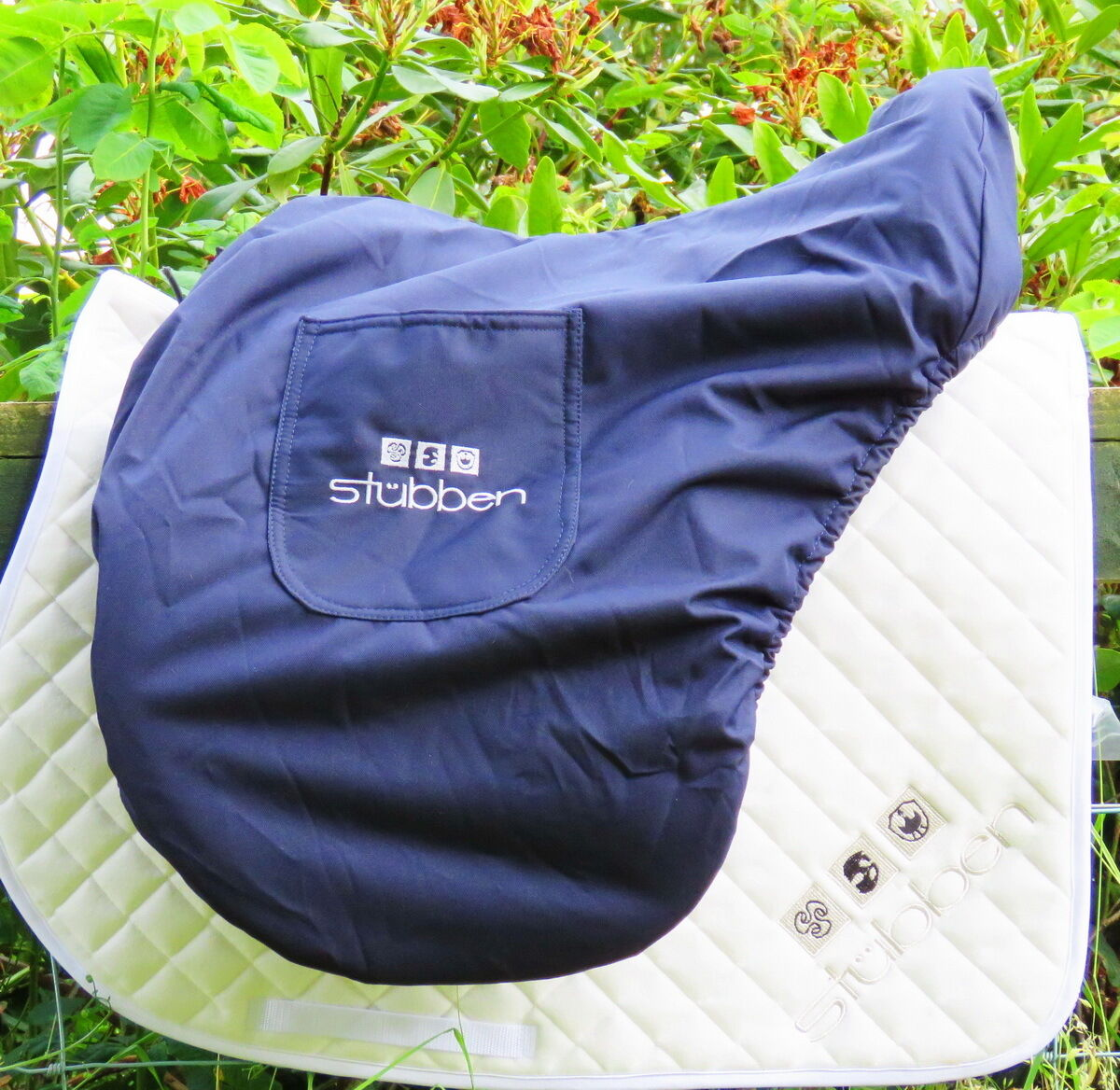 STUBBEN UNIQUE POSH Large WATERPROOF Saddle  Bag Cover DRESSAGE JUMPING GP VSD AP  we supply the best