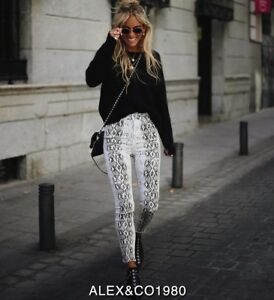 how to buy various styles 100% authenticated Details about NWT ZARA AW18 FRAYED JEANS ZW PREMIUM HIGH WAIST SNAKE PRINT  WHITE 9632/246