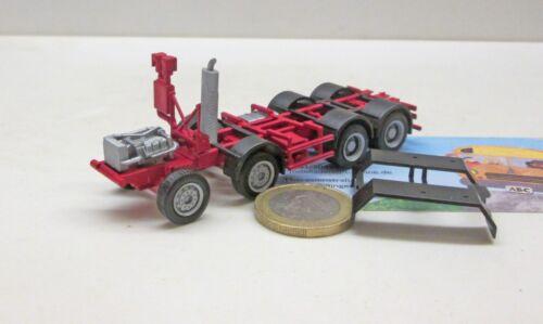 rot  RAL 3002 Herpa  FG001    MB     8x4  Baufahrzeug  Fahrgestell