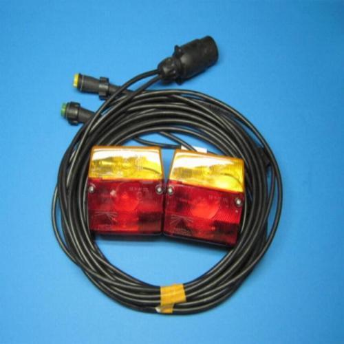 und 4 m Kabel  L2498 Aspöck Dreikammerleuchte ohne KZL