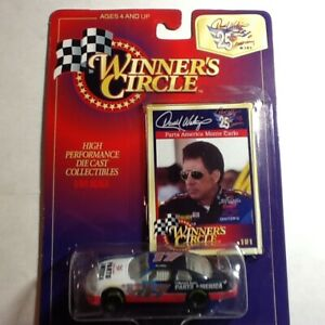 1997 Winner/'s Circle NASCAR Darrell Waltrip Car 17 and Collector Card  New in Package