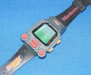 NINTENDO-STARFOX-By-M-Z-Berge-GAME-WATCH-ELECTRONIC-HANDHELD-WRISTWATCH-TOY-1993
