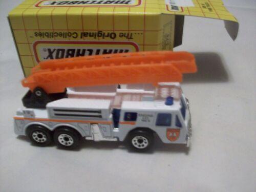 MATCHBOX Camion de pompiers voiture de pompiers MB18 avec boite 18 H 14 Fire Truck