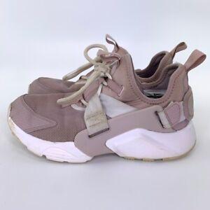 Nike Womens Air Huarache City Sneakers