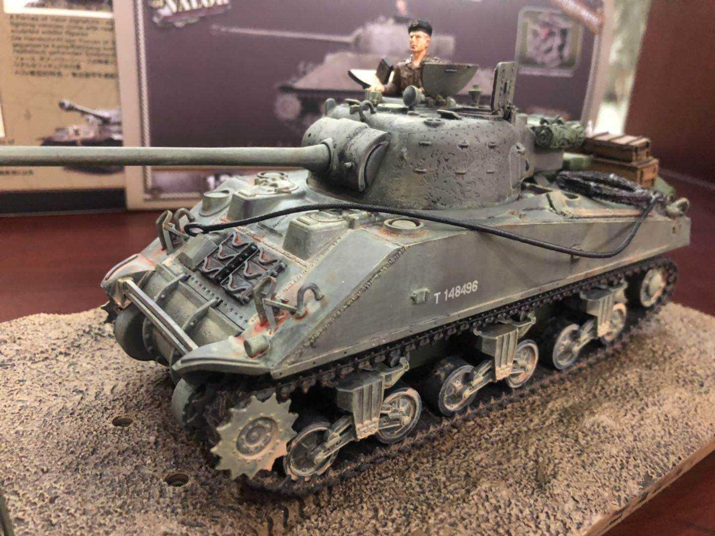 Forces of Valor  801036A 1 32 Sherman Firefly with crew