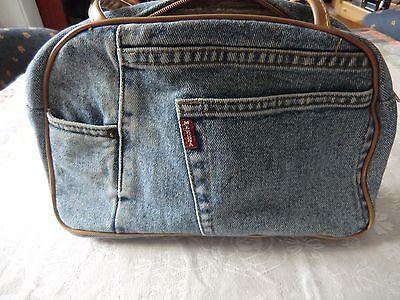 Handtaschen- Dreier-Set Plus zwei Gratis