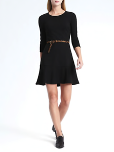 Banana Republic Ponte Fit-and-Flare Dress Größe 6P 6 P v1210