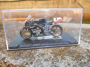 DUCATI-998R-PIERFRANCESCO-CHILE-2002-escala-1-24