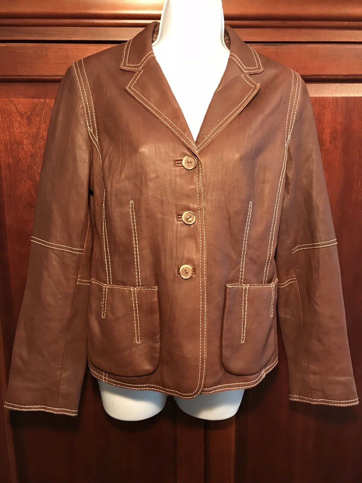 CAbi Women's Brown Brown Brown 100% Soft Leather Button Down Size Medium 9e0a2c
