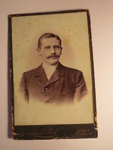 Luebeck-Oldesloe-Hermann-Sager-als-Mann-mit-Bart-Portrait-KAB