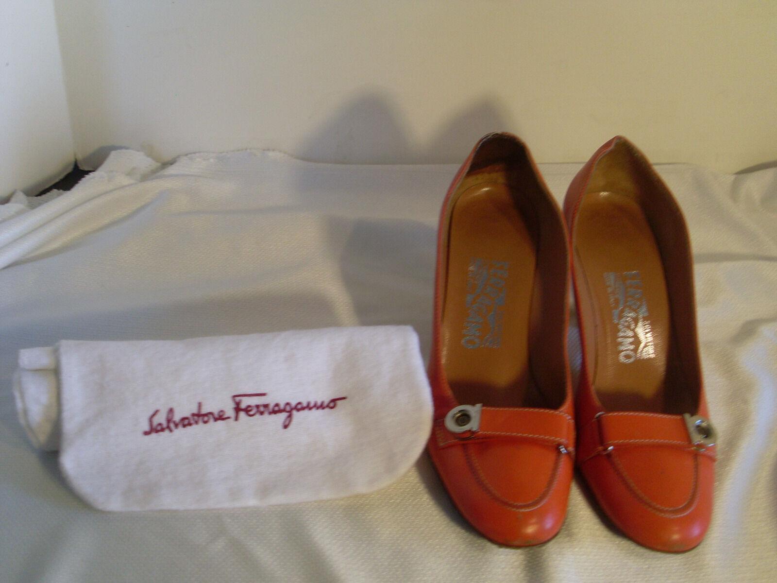 SALVATORE FERRAGAMO ORANGE LEATHER CLOTH WOOD HEEL W/GANCINI ACCENT & CLOTH LEATHER BAG#31 d9a384