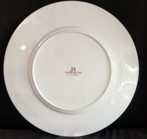 """Lionel Richie Home Dinnerware 13 1//8/"""" China London White Gold Charger Plate"""
