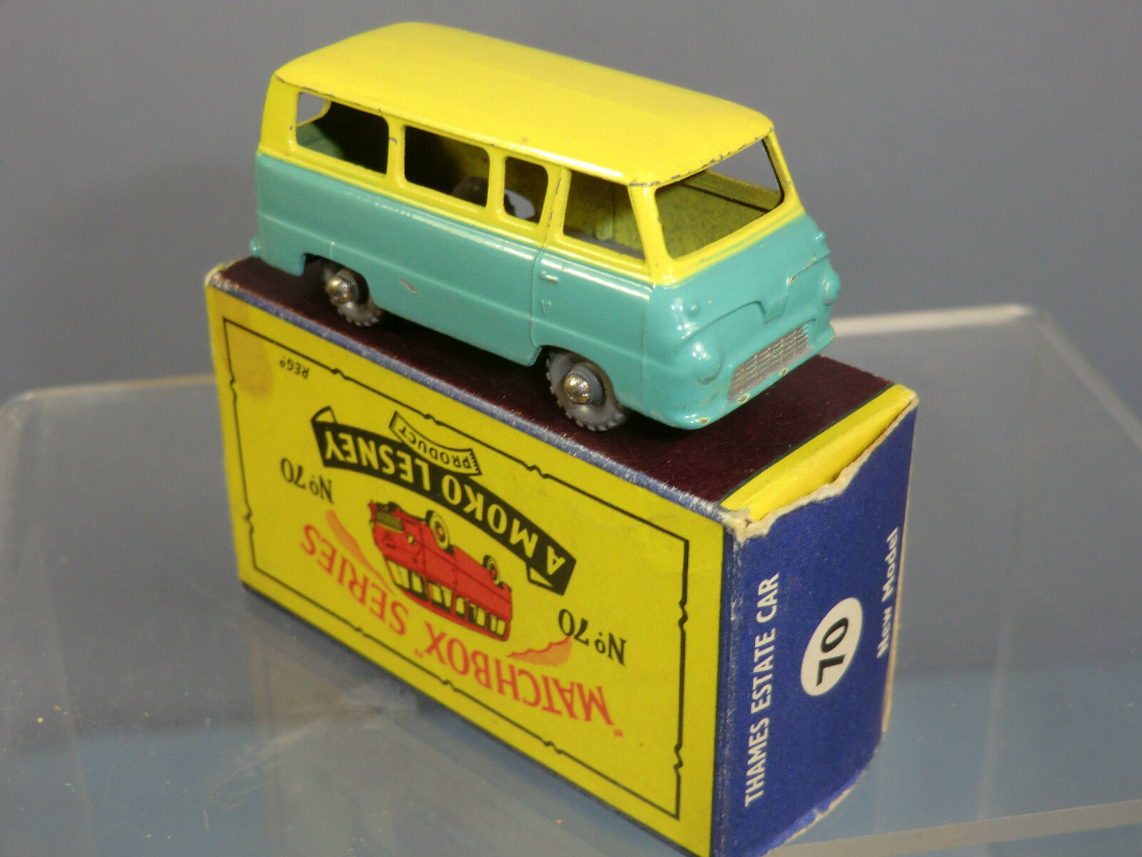 MATCHBOX MOKO LESNEY LESNEY LESNEY MODEL No.70a    FORD THAMES ESTATE CAR ( B5 BOX)     VN MIB bb799b
