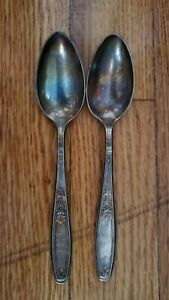 """2 ANTIQUE VINTAGE COLLECTIBLE SPOONS 6""""1847 ROGERS BROS SILVER PLATE-"""