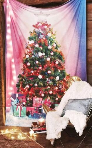 """Urban Outfitters Christmas Tree Tapestry Back Drop Cotton 56/""""×84/"""" MSRP $79"""