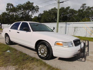 2004-Ford-Crown-Victoria-WHOLESALE