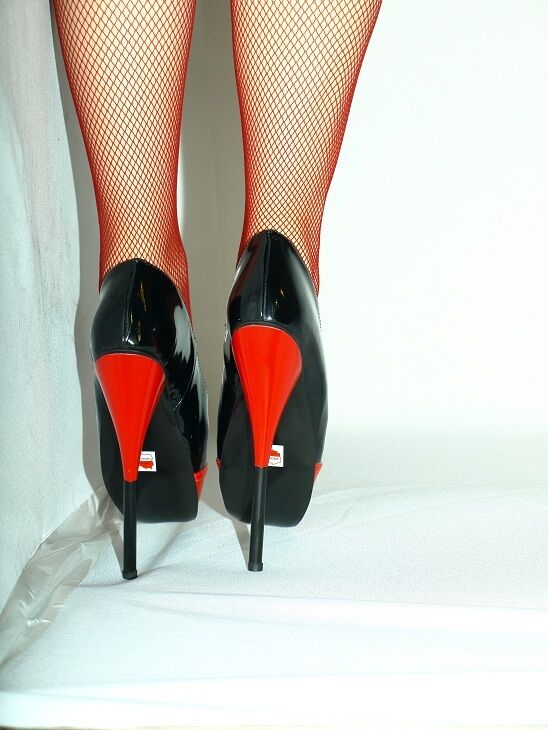 BLACK-RED PATENT PATENT PATENT LEATHER BALLET PUMPS SIZE 10-16 HEELS-8,1 - PRODUCER- POLAND 7ae60c