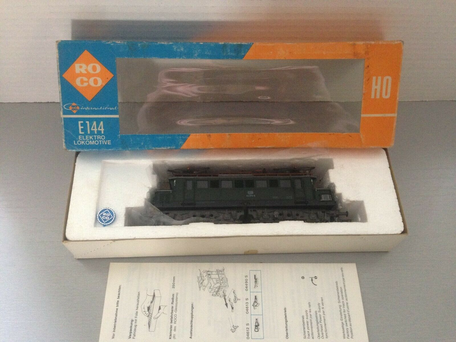 Roco 4131 B E144 Electric Locomotive scatolaed with instructions