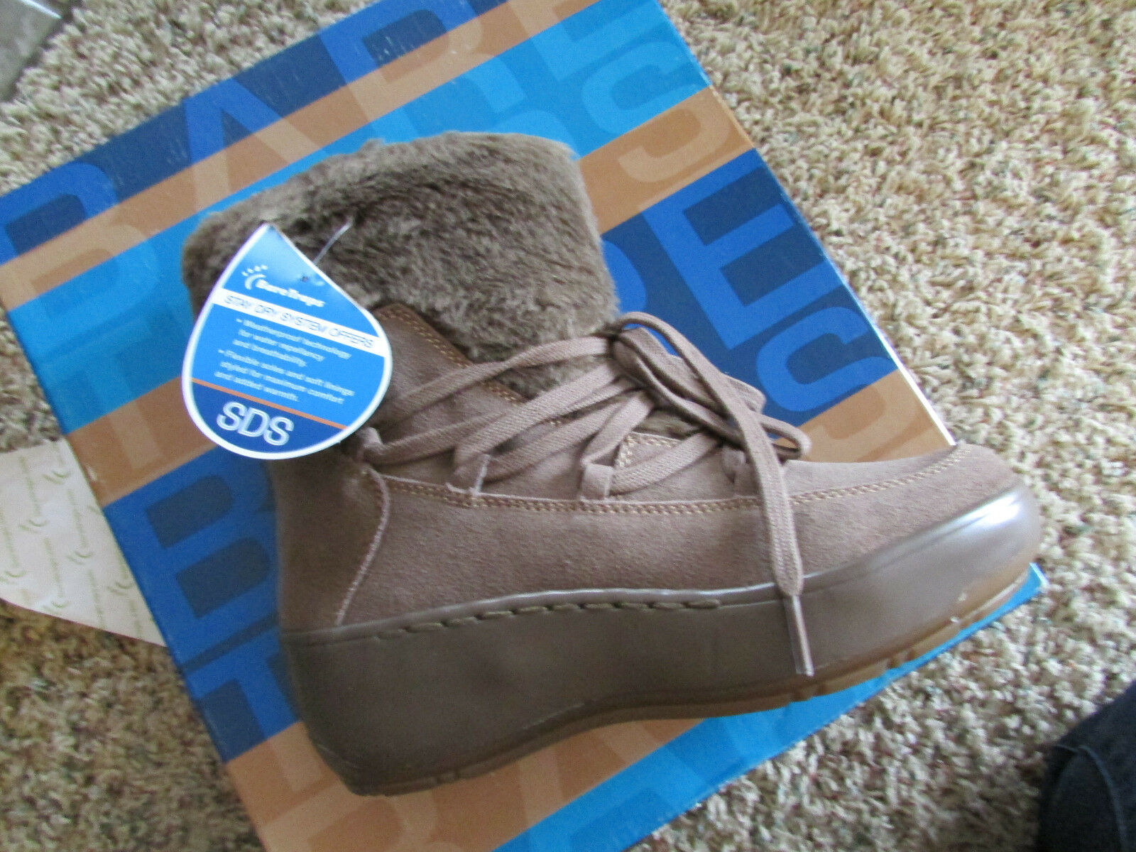 NEW BARETRAPS STAY DRY FLURRY LEATHER BOOTS WOMENS 8.5  SUEDE