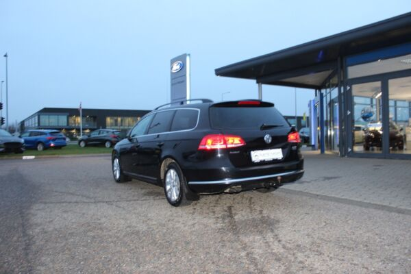 VW Passat 2,0 TDi 140 Comfortl. Vari. BMT billede 2