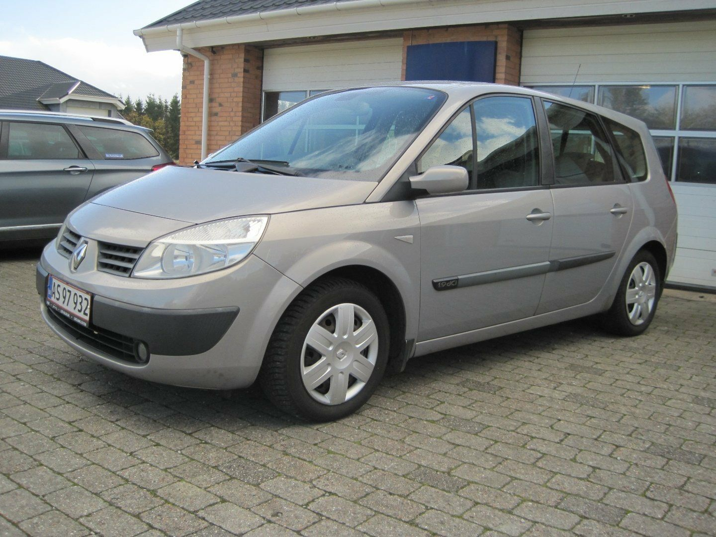 Renault Grand Scenic I 1,9 dCi 120 Expression Comf. 7prs 5d - 18.800 kr.