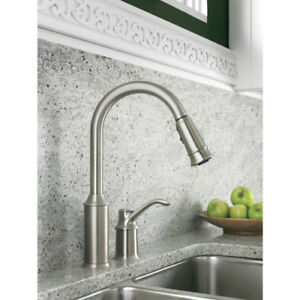 Details about MOEN Aberdeen Single-Handle Pull-Down Aerated Stream Sprayer  Kitchen Sink Faucet